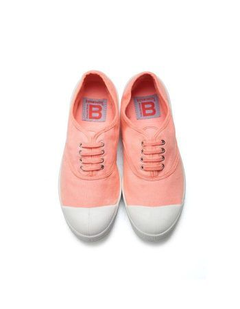 Lonetas Bensimon color coral con cordones.